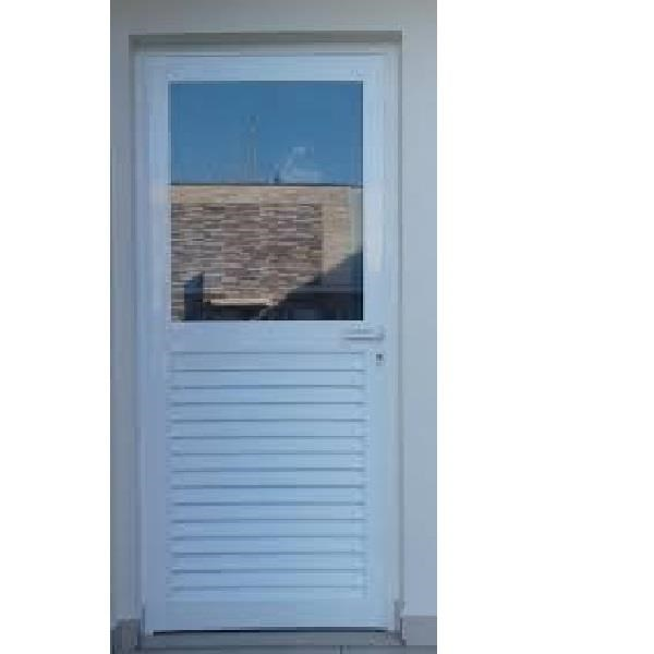 Porta de giro 1 folha 1/2 veneziana e 1/2 vidro 800 x 2100