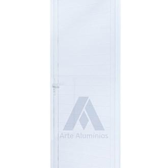 Porta de Giro em Lambris Duplos de alumínio 0,80x2,10cm